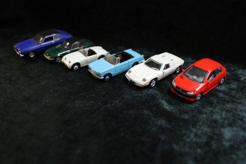 "6 - ""HO"" Scale Diecast Cars"