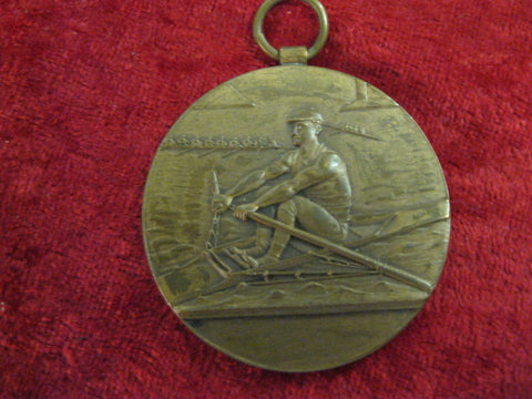 1913 - Rowing Prize Medal .