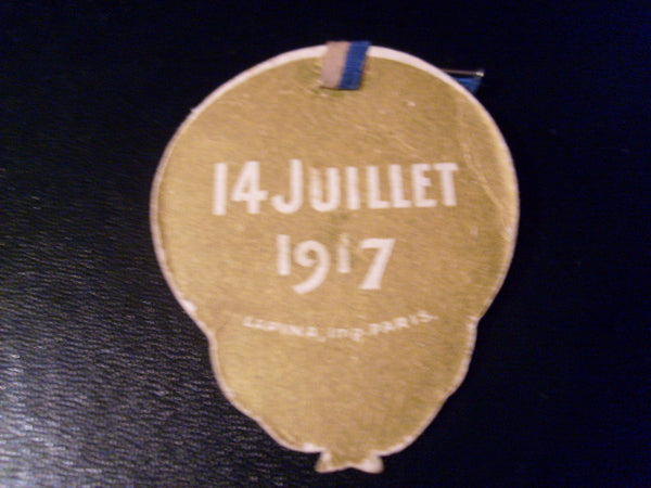 WW1 - Patriotic Card Badge.
