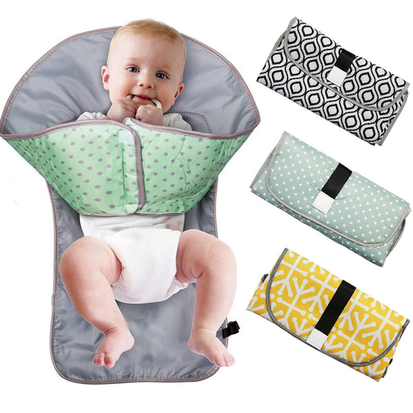 BayBee Clutch™ - Portable Diaper Changing Pad
