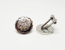 Load image into Gallery viewer, Luxurious Vintage Set of Silver-tone Cufflinks | Wedding Collection - Vintage Radar
