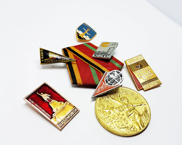 Set of Soviet Vintage Enamel Pins and Vintage Medal | Set 8 - Vintage Radar