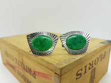 Load image into Gallery viewer, Set of Emerald Green Cufflinks and Tie Clip - Vintage Radar