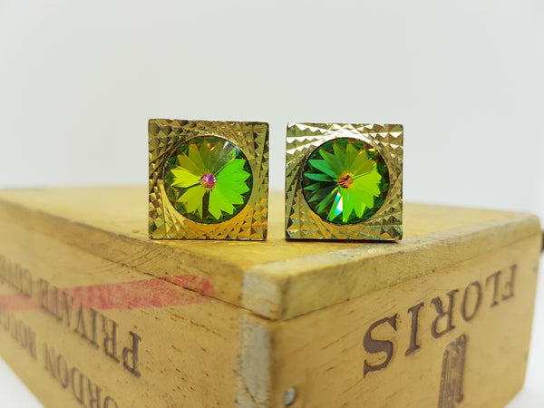 Gold Vintage Cufflinks | Emerald Green Stone Cufflinks | Wedding Wear - Vintage Radar