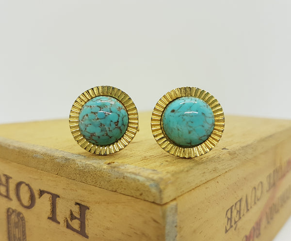 Gold-tone Vintage Cufflinks with Blue Stones - Vintage Radar