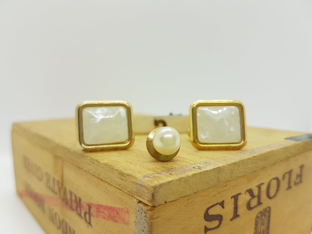 Classic Vintage Set of Cufflinks and Lapel Pin | Wedding Wear - Vintage Radar