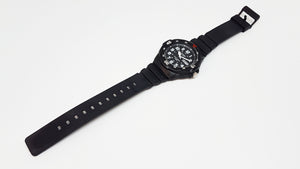 MRW-200H-1BVES Black and White Dial Casio Vintage Watch For Men - Vintage Radar