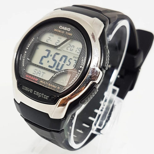 Wave Ceptor Black and Gray Casio Vintage Watch For Men - Vintage Radar