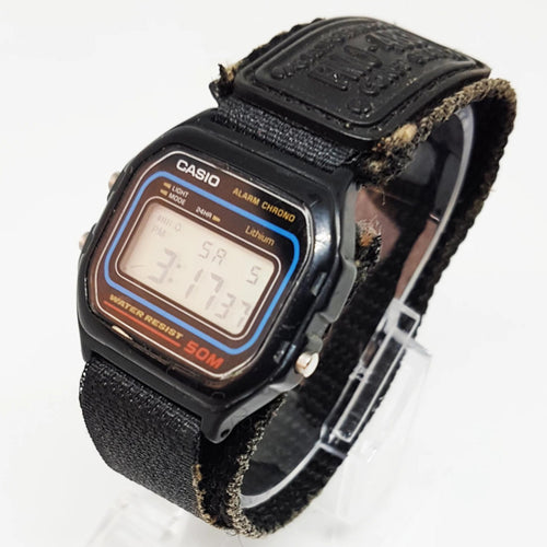 Square Water Resistant Black Dial Vintage Casio Watch, Antique Horologio - Vintage Radar