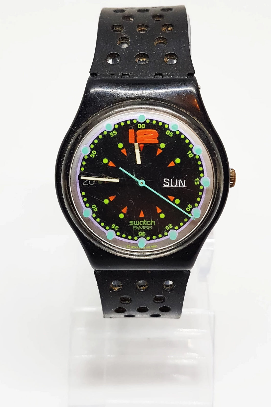 Black 1992 Vintage Swatch Watch Original BATTICUORE GB724 - Vintage Radar