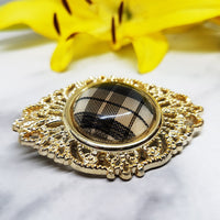 Chic Gold-tone Antique Brooch, Check Print Detail - Vintage Radar