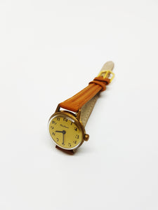 Minimalist Centaur Mechanical Watch For Women, Vintage Women's Wristwatch - Vintage Radar
