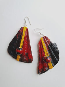 Deep Red Handpainted Earrings | Seashell Handmade Jewelry - Vintage Radar