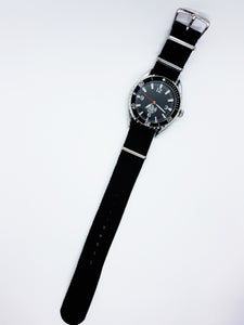 Elegant Black Quartz Watch For Him | Vintage Watches For Men - Vintage Radar