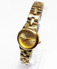 Load image into Gallery viewer, Elegant Citizen Vintage Quartz Watch | Citizen Watch Collection - Vintage Radar
