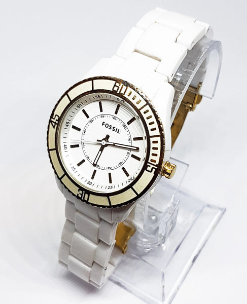 All White Fossil Sports Watch | Best Vintage Watches For Men - Vintage Radar