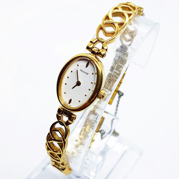 Gold-Tone Luxury Accurist Vintage Watch | Art-Deco Dainty Women's Watches - Vintage Radar