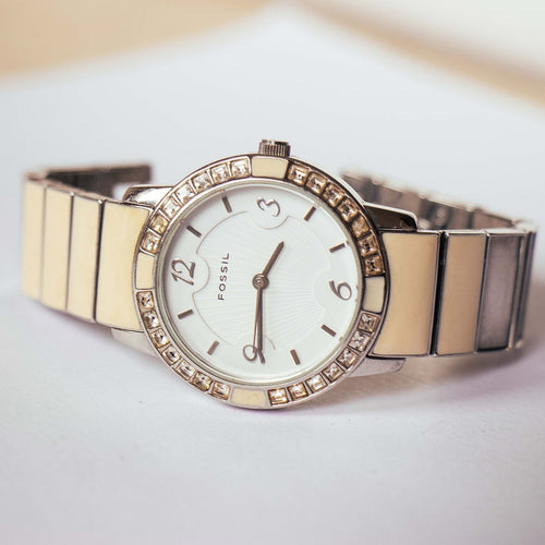 Silver-tone Fossil Analog Watch for Women stainless Steel Fossil Watch - Vintage Radar