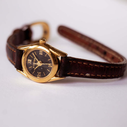 Tiny Gold-tone Fossil Watch Vintage | Navy Blue Dial Ladies Fossil Watch - Vintage Radar