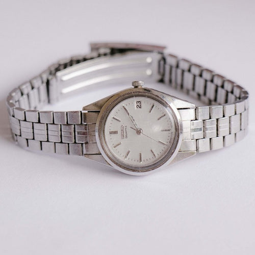Seiko 2A22-0010 A1 Quartz Watch | Minimalist Silver-tone Ladies Watch