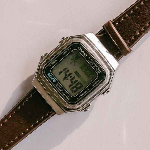 Rétro-Vintage 80 s style Casio montre / 10Y Batterie Double Temps WR Casio