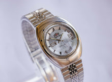 Load image into Gallery viewer, Orient Racer 21 Jewels Mechanical Men's Watch | Luxury Vintage Watch