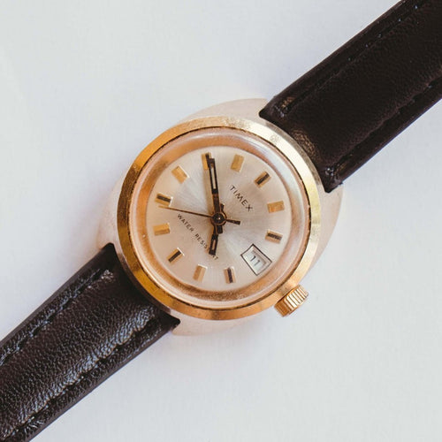 Timex Water-resistant Mechanical Watch | 80s Vintage Date Watch
