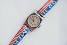 Load image into Gallery viewer, Military Sergent Vintage Mechanical Watch | 1940 WW2 Vintage Watch