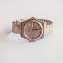 Load image into Gallery viewer, Silver-tone Seiko Vintage Watch for Men | 8123-6009 Seiko Watch