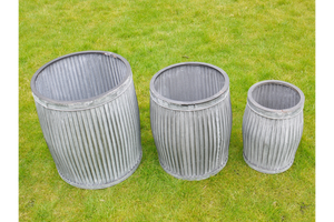 Set 3 Galvanised Cylindrical Tubs.