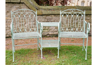 Garden Furniture - Lovers Bench