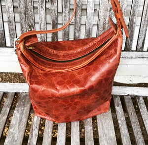 Daisy embossed Tote