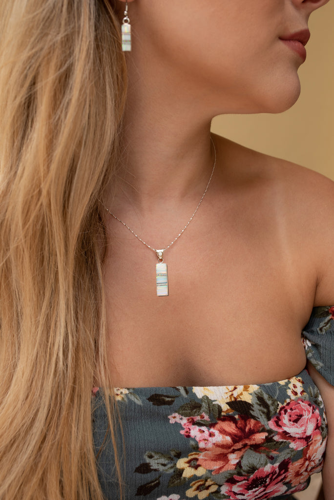 715SET - WHITE OPAL PENDANT AND EARRINGS SET