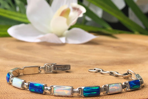 BR62 BLUE OPAL AND WHITE FIRE OPAL BRACELET