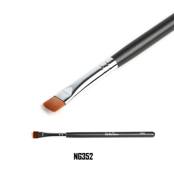 NG352 Flat Brow Brush