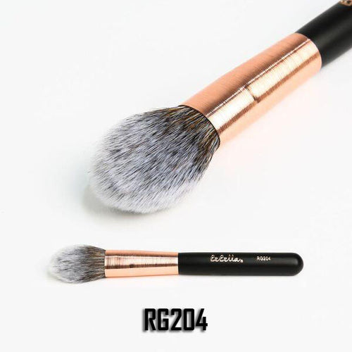 RG204 Powder and Sculpt Brush