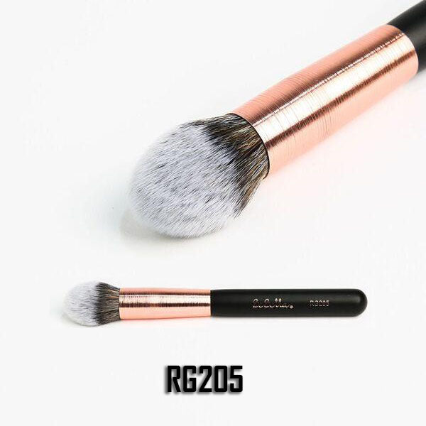 RG205 Pointed Powder Detailed Brush