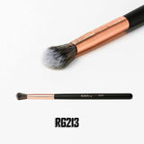 RG213 Blending Fluff Brush