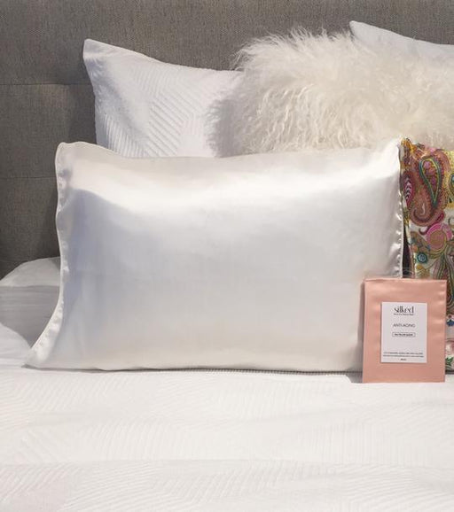 Ivory/Off White Silk Charmeuse Pillowcase - 4theCultr
