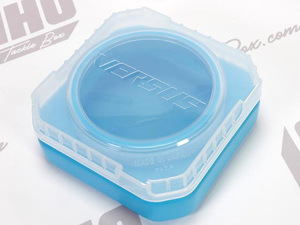 Water Resistant Screw Top Lid On Container