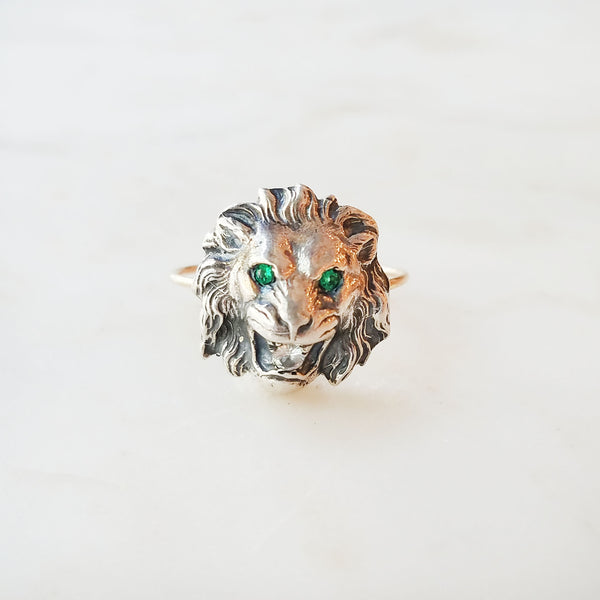 Ariel Lion Ring with Emeralds & Diamonds