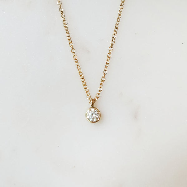 14k Yellow Gold Tiny Circle Diamond Necklace