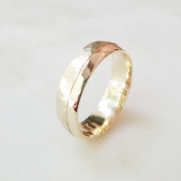 Elm Yellow Gold Offset Hammered Wedding Band