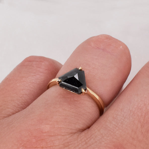 Lottie Engagement Ring Setting ft. Black 1.85ct Triangle Diamond