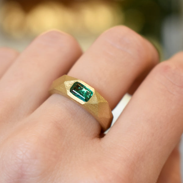 Emerald Gold Facet Ring