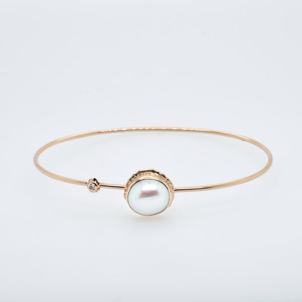 Pearl Bracelet with Diamond Accents