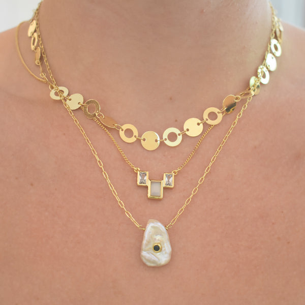 Crystal Embedded Pearl Necklace