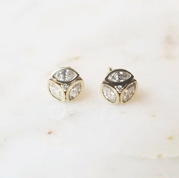 Circle Diamond Cluster Earring