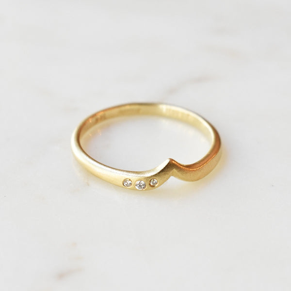 18K Yellow Gold & Diamond Gardenia Band