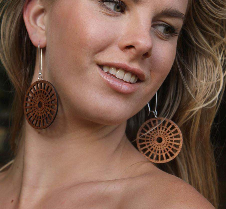 Co Kind Jewelry - Full Circle Earrings / Standard Length - BOMSHELL BOUTIQUE